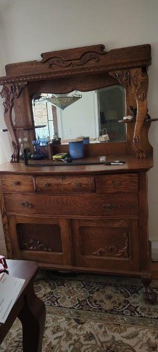 Antique Oak $850
