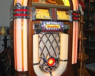 """Wurlitzer """"One More Time"""" FULL SIZE Juke Box that plays CD's (Holds 50)"""