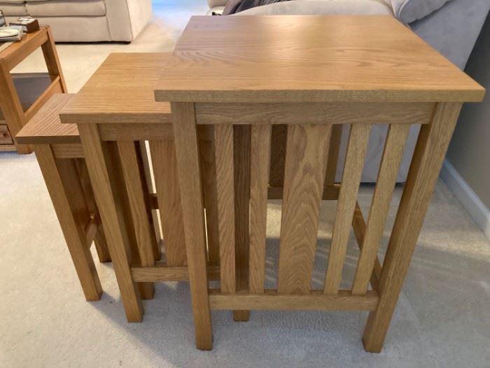 Mission Style Nesting Oak Side Tables