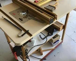 Router Table with Incralift and Incra LS Positioner