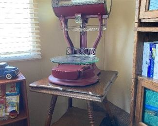Antique Computing Scale, made in Dayton Ohio