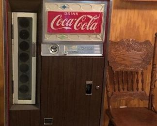 Vintage Coke machine in working condition