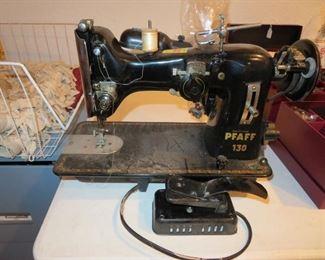 Pfaff 130 Sewing Machine