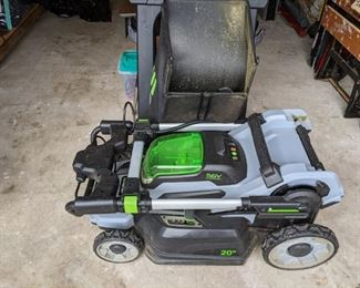 ELECTRIC LAWNMOWER with BATTERY