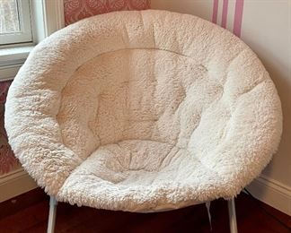 Item 47:  Foldable Wooly Scoop Chair:  $60
