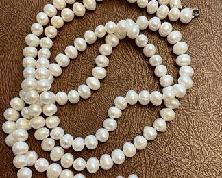 Item 176:  Lot 2 Costume Jewelry - Long Strand of Ringed Pearls and Pearl Earrings: $32