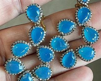 Item 184:  Lot 10 Costume Jewelry - fun blue dangle earrings: $8