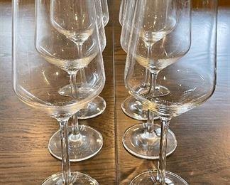 Item 276:  (6) Schott Zweisel wine glasses: $32