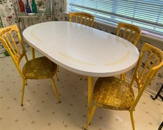 Mid Century Kitchen Table with four chairs