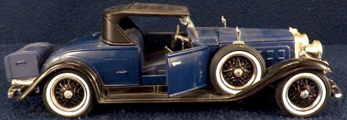 31 Cadillac R Side