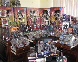 #1 - Kiss memorabilia entire collection being sold as a lot only SEE ADDITIONAL PHOTOS