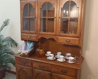china cabinet/hutch - 2 pieces