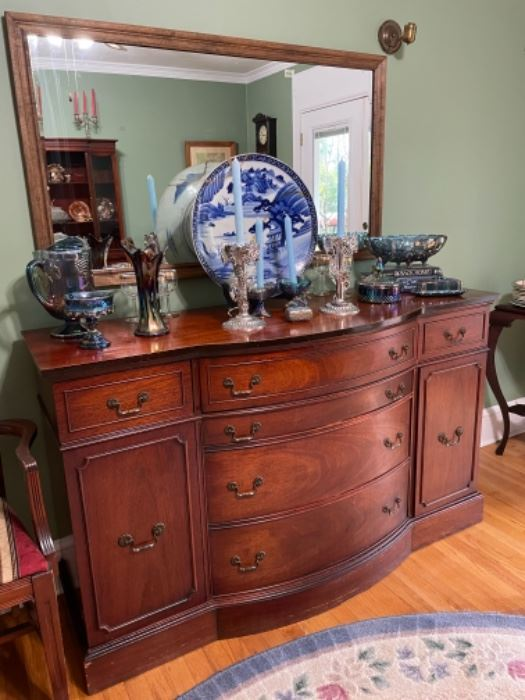 DINING BUFFET/SERVER AND BEAUTIFUL VINTAGE DINING ROOM SERVE WARE