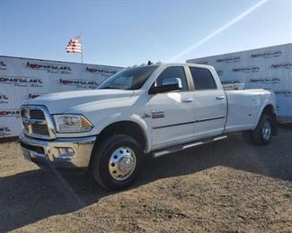 55  2018 Dodge Ram 3500 Year: 2018 Make: Ram Model: 3500 Vehicle Type: Pickup Truck Mileage:39667 Plate:664kpw (oregon) Body Type: 4 Door Cab; Crew; Long Bed Trim Level: Laramie Drive Line: 4WD; Dual Rear Wheels Engine Type: L6, 6.7L; Turbo Fuel Type: Diesel Horsepower: Transmission: VIN #: 3c63rrjl0jg182724 Doc Fee:  $70 DMV Registration Fee:  $575 Weight Certificate:  $45  Features and Notes:  Push to Start, Power Windows, Power Seats, Blows Ice Cold AC, Sun Roof, Back up Camera