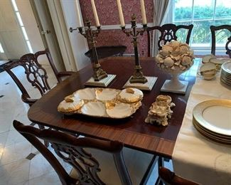 baker banded double pedestal dining table w/ 3 leaves and pads w/ set of 8 chairs 6 + 2 ( great condition )