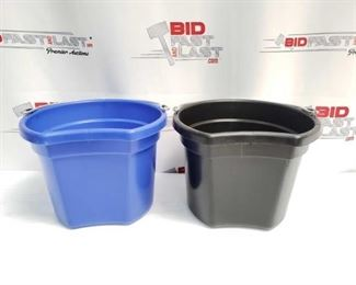 """3: Two (2) 8 Qt Flat back bucket, 8.5"""" tall. Made in USA Two (2) 8 Qt Flat back bucket, 8.5"""" tall. Made in USA"""