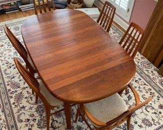 """Please copy and paste our sales link into your browser to see this item in our online auction: https://ctbids.com/#!/individualEstateSales/316/9882 You can also find this """"South Florida"""" sale by going to augusta.ctbids.com"""