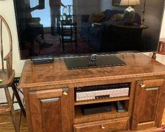 Flat screen tv & stand