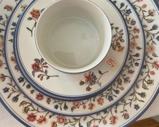 """Mottahedeh place setting - """"Country Stitch"""""""