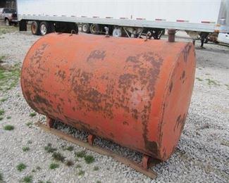 """Approx. 500 Gal.  Fuel Tank  71"""" L x 48""""H X 48 """" W"""