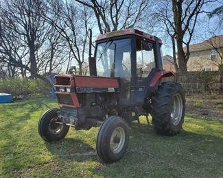 1988 Case IH 885XL Tractor