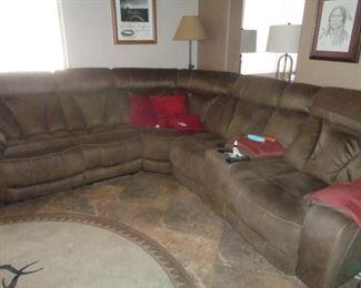 Very nice sofa w/recliners