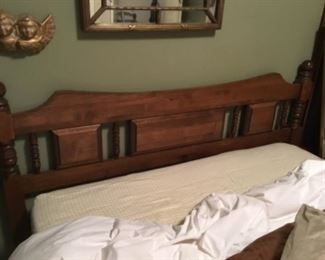 Full bed with headboard, mattress & box spring