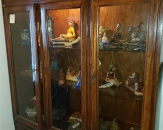 China Cabinet Pottery Collection