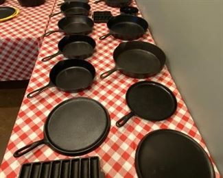 Griswold ,Wagner,BSR,Lodge cast iron cookware
