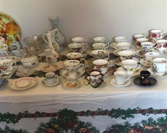 Beautiful China cup and saucer collection