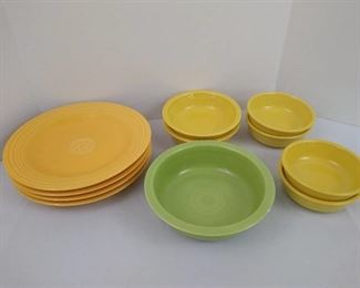 4 plates and 7 bowls