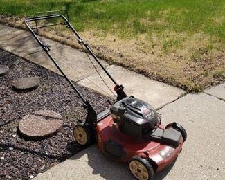 Toro 22 inch Self Propelled Lawn Mower