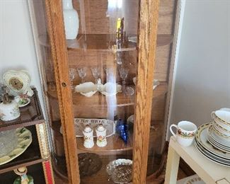 Living Room Hutch. Asking $50 for display Hutch.