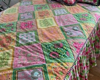 Custom Bedding, Queen