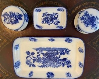 Royal Doulton flow blue dresser set
