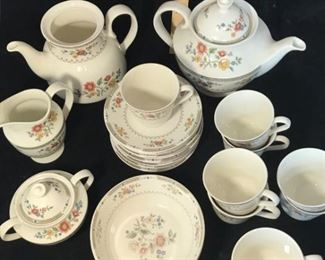 Royal Doulton Tea Coffee SetVintage