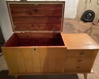 Mid Century Modern Lane cedar chest