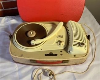 Vintage German Record Player Perpetuum Ebner (comes on but sold as is)