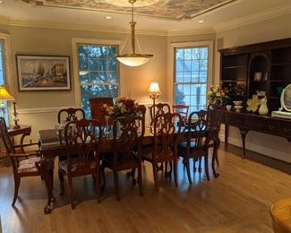 GORGEOUS EXTRA-LARGE ETHAN ALLEN DINING ROOM  SET AND EXTRA-LARGE HARDEN BUFFET!