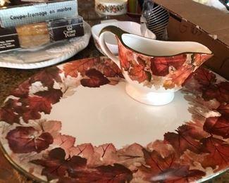 Turkey serving platter & matching gravy boat in a modern fall foliage pattern
