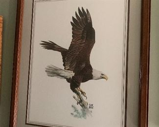 Many eagle prints