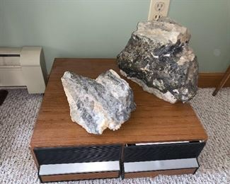 Large Rocks / Quartz /Gold