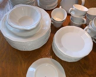 Homer Laughlin White Dishes