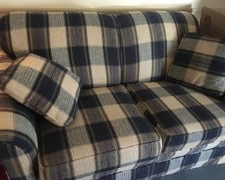 Matching Nice Condition Love Seat + Pillows
