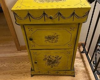 Antique 1900's French Lavabo.  Cast Iron Hand Painted . These were outside in European Homes, Washed before you went into the home. This is Rare Free Standing Wash Stand. Others were attached to wall.