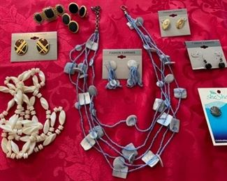 $12.00...........Costume Jewelry (B893)