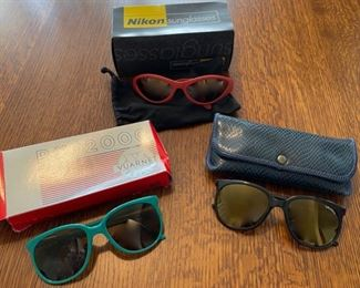 $60.00.............Sports Sunglasses all good condition (B887)