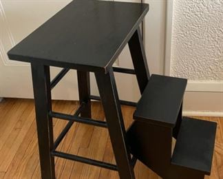 $85.00................Handcrafted Amish? Painted Step Stool (B860)