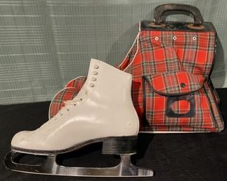 $80.00.....................Riedell Figure Ice Skates size 8 with Plaid Carrying Case (B721)