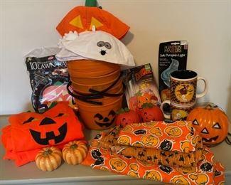 $12.00....................Halloween lot (B055)